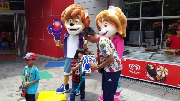 mascot malaysia supplier hola mascot walls paddle pop 1