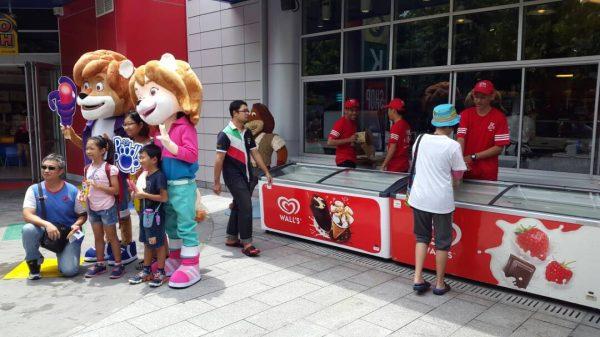 mascot malaysia supplier hola mascot walls paddle pop 2