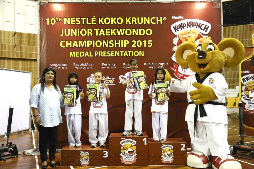 custom made mascot nestle koko krunch Hola Mascot Event 3